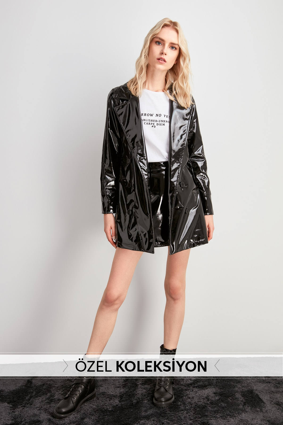 Trendyol Bright Japanned Leather Faux Leather Trench Coat TWOAW20TR0026