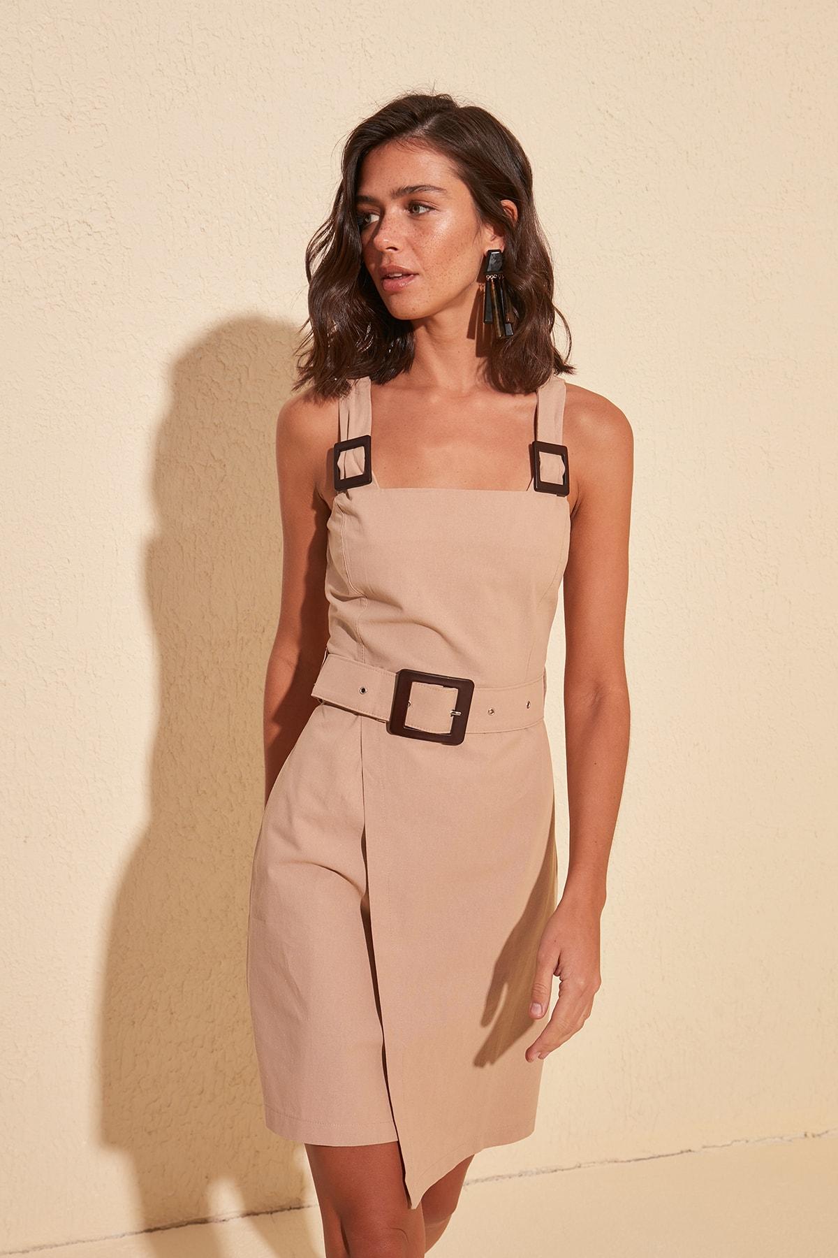 Trendyol Arched Dress TWOSS20EL1685