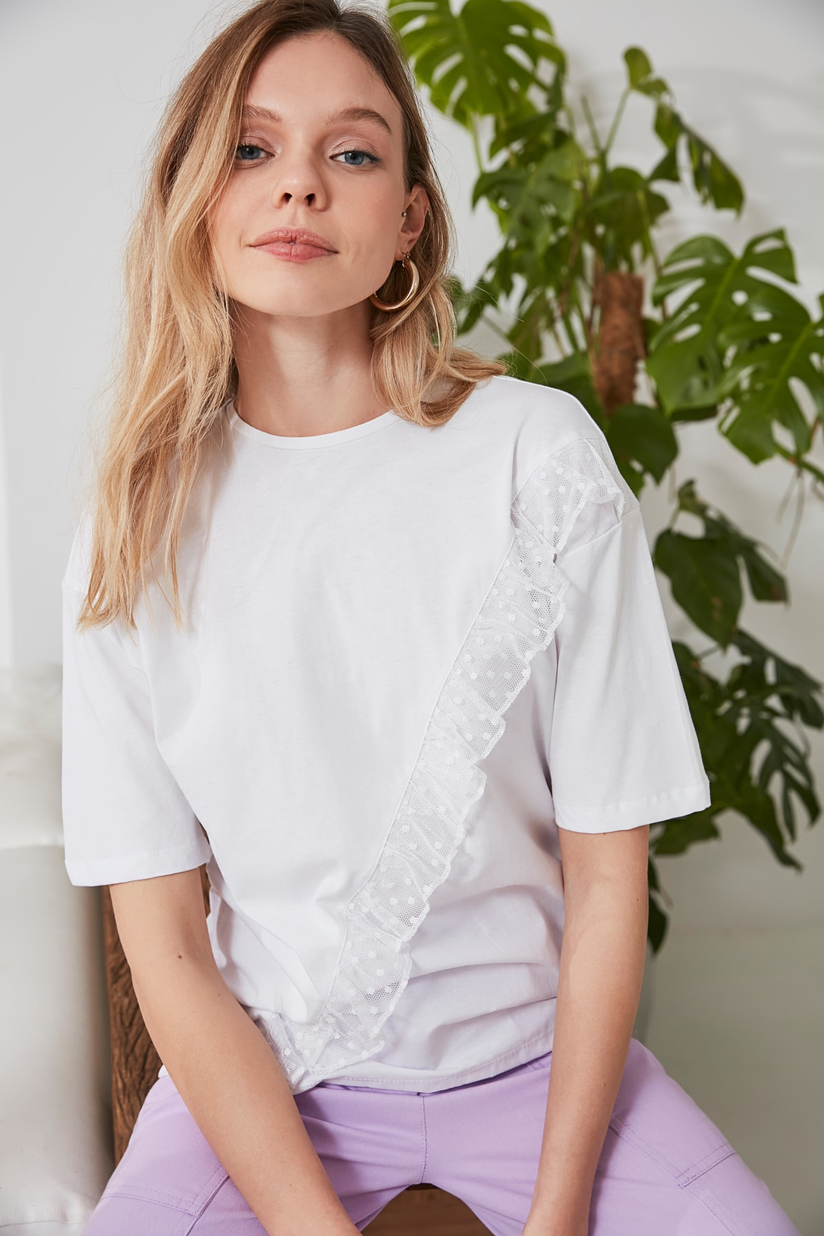 Trendyol Tulle And Woven Detailed Loose Mould Knitted T-Shirt TWOSS20TS0878