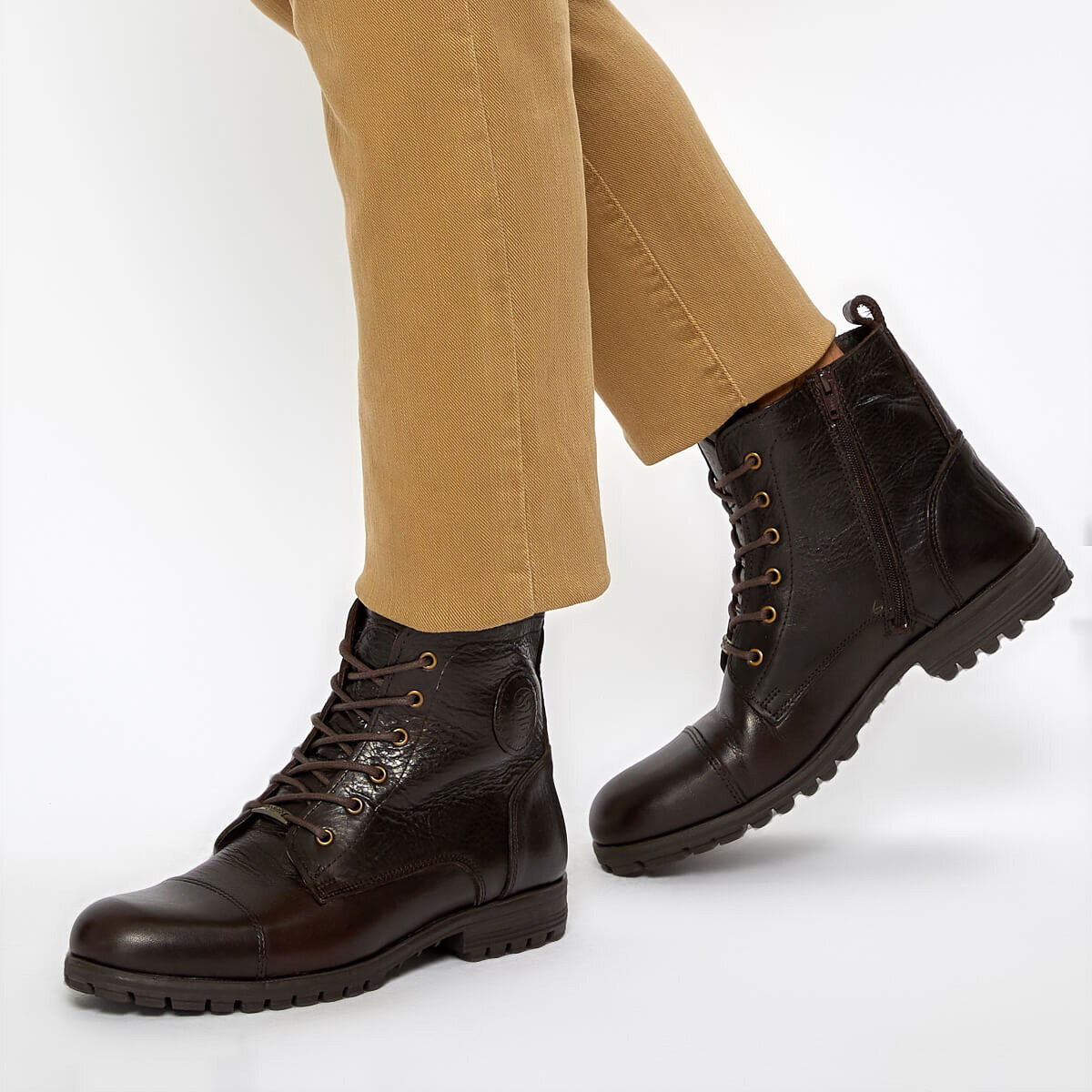 FLO 211352 9PR Brown Men Boots By Dockers The Gerle