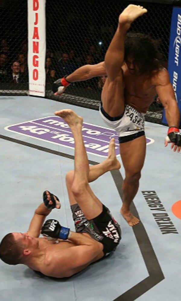 《MMA》封面图片