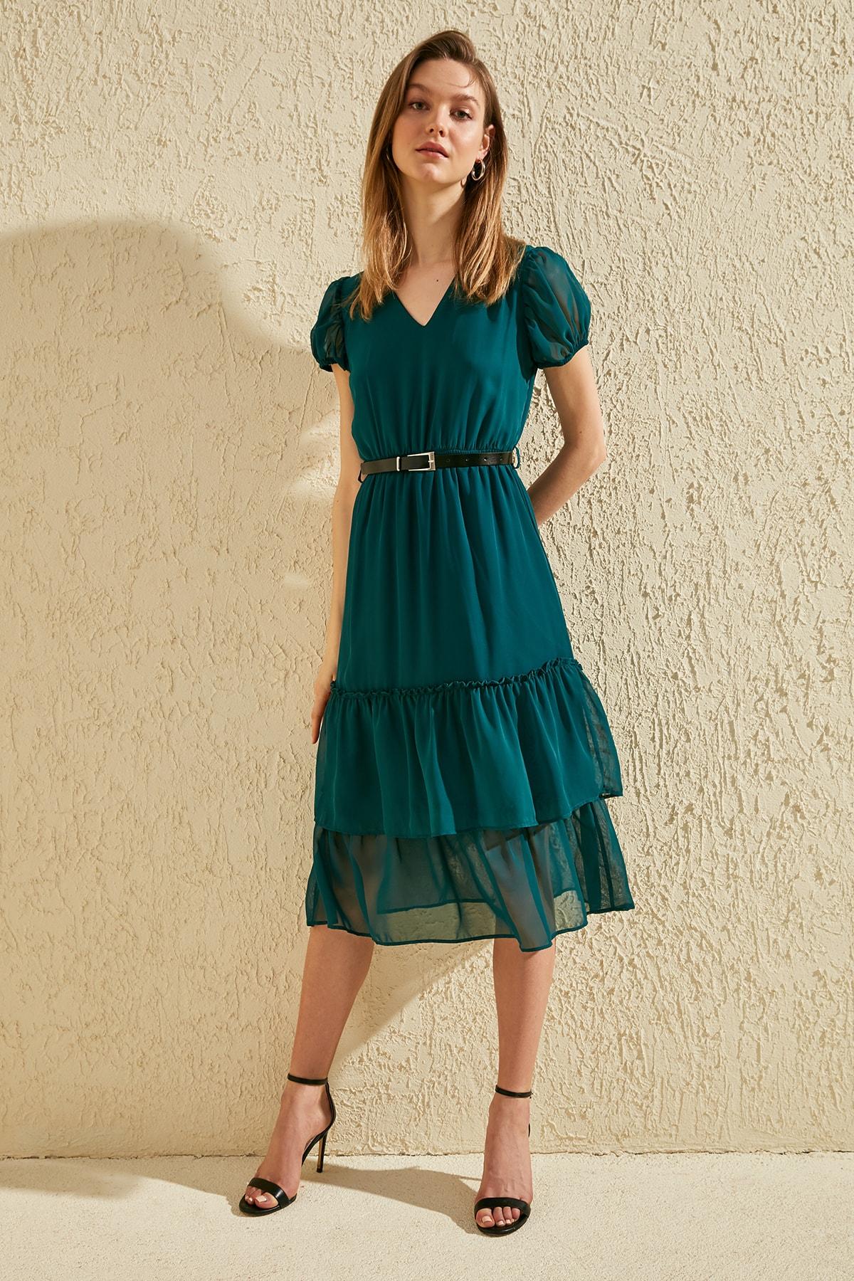 Trendyol Arched Dress TWOSS20EL0984
