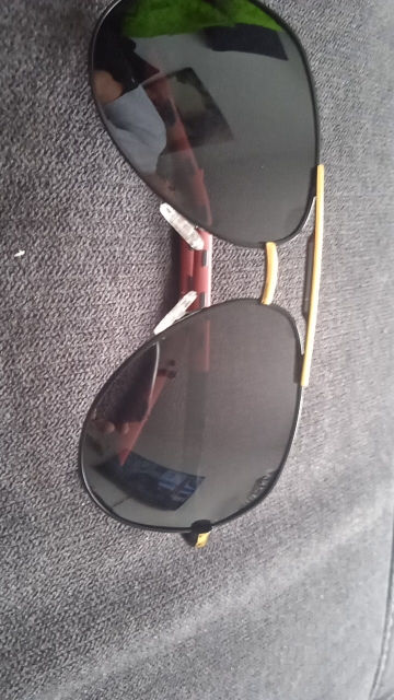 <strong>BARCUR Duke </strong>- Aluminum Polarized Coating Classic Sunglasses For Men photo review