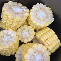 玉米排骨汤的做法图解5