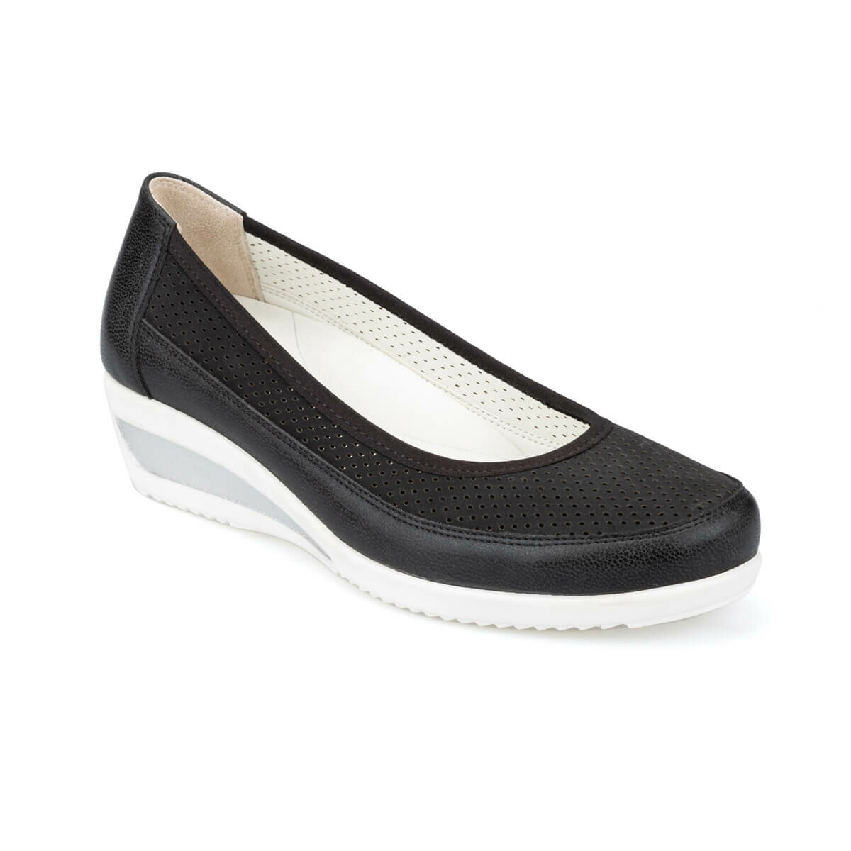 FLO 91.100695.Z Black Women Shoes Polaris 5 Point