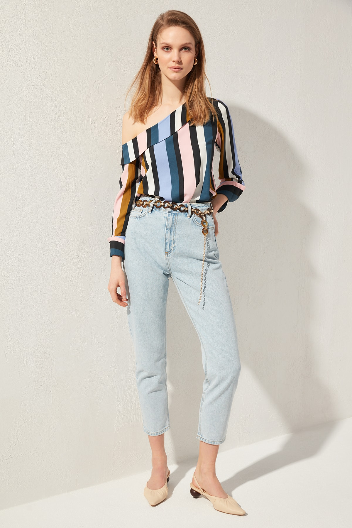 Trendyol-Flushing High Bel Mom Jeans TWOSS20JE0164