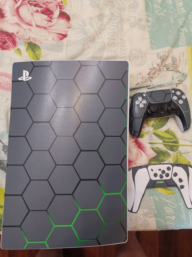 New Style For PS5 Disk Viny Decal Sticker Console 2 Controller Skin Sticker For Sony Playstation 5 Game Accessories photo review