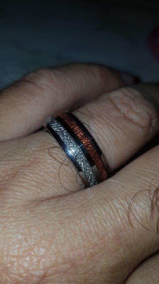 Bague météorite et bois