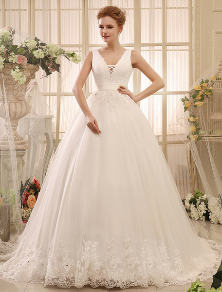 Wedding Dresses Ball Gown Bridal Dress Backless Ivory V Neck Lace Applique Ribbon Sash Chapel Train Bridal Gown