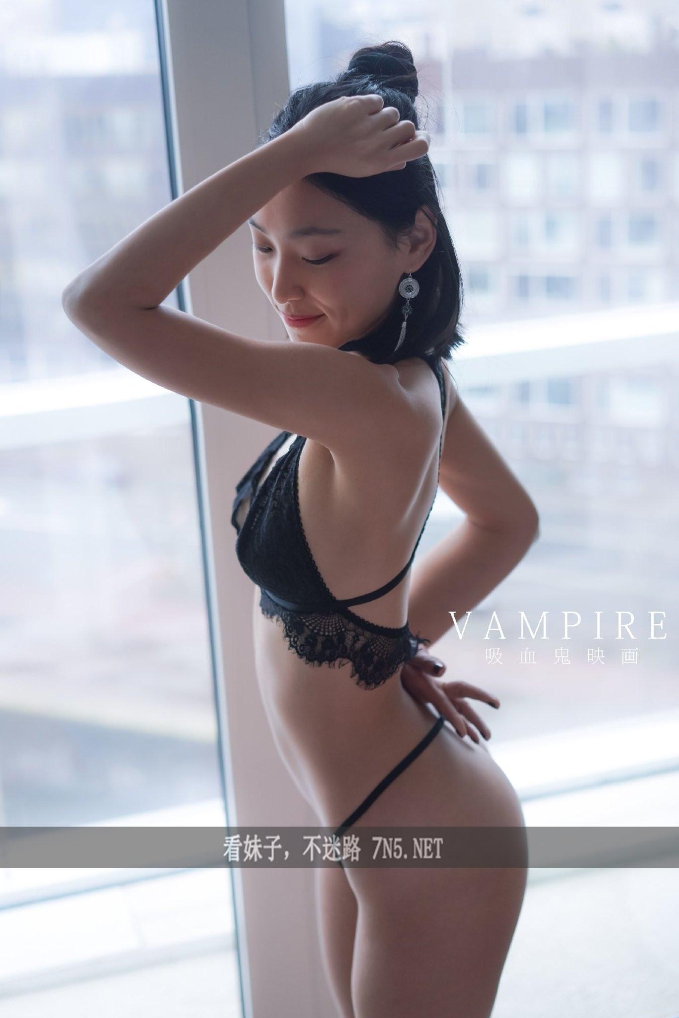 推特/P站上很火的华裔留学生刘玥日常 爱看资源网日常整理发布www.qqloser.com