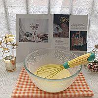 """#美食说出""""新年好""""#爱心彩绘酸奶蛋糕的做法图解5"""