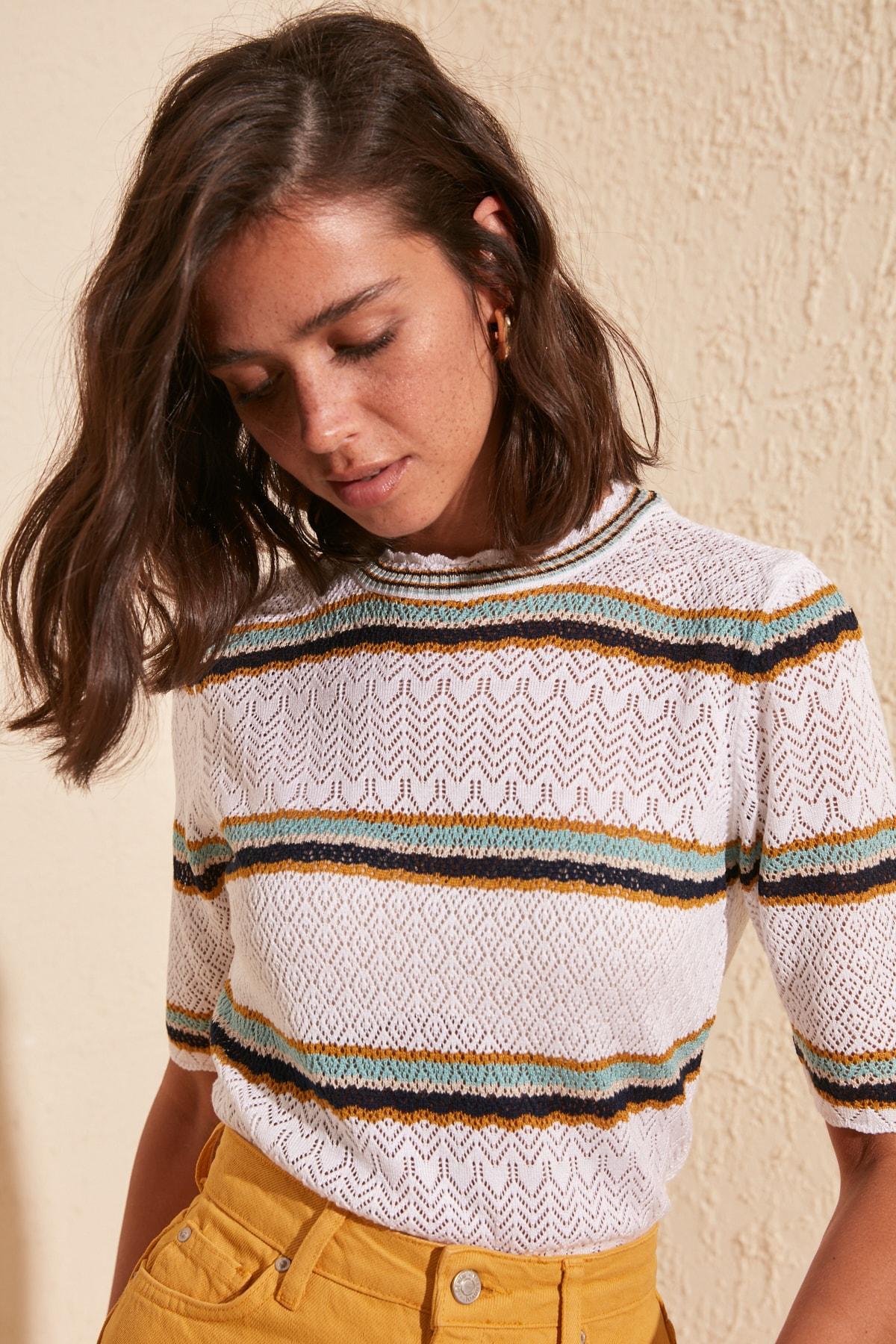 Trendyol Özgili Cellular Knitwear Sweater TWOSS20KZ0065