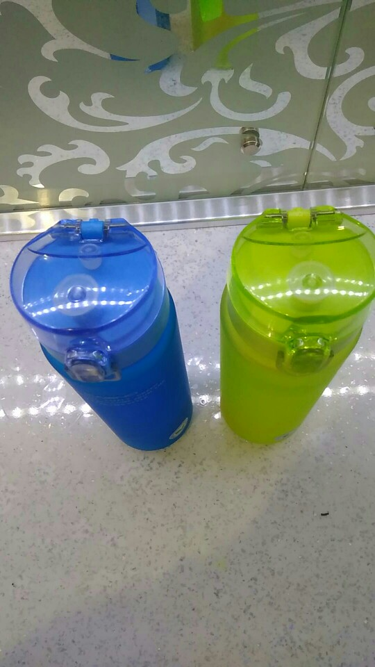 Water Bottle 560ML 400ML Plastic Drinkware Tour Outdoor Sport School Leak Proof Seal Gourde Climbing Water Bottles-in Water Bottles from Home & Garden on AliExpress