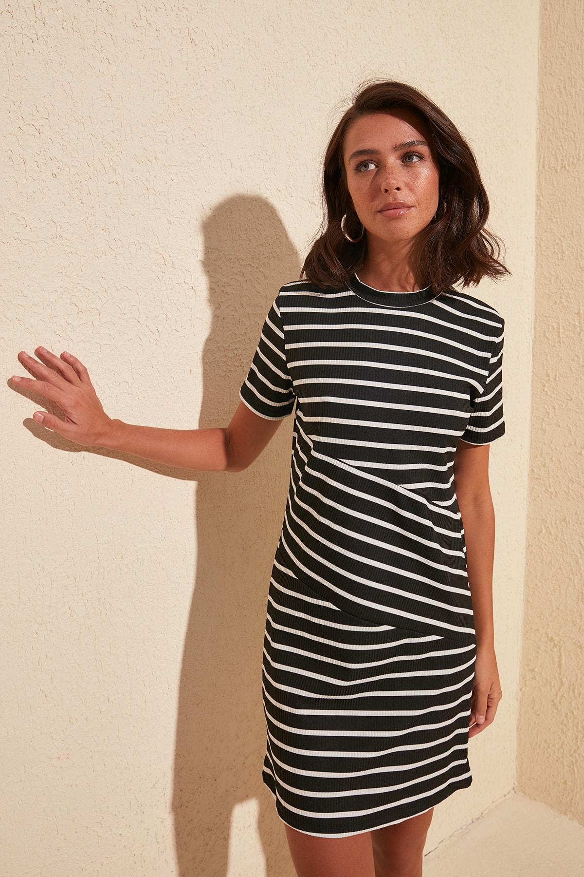 Trendyol Striped Knit Dress TWOSS20EL1291