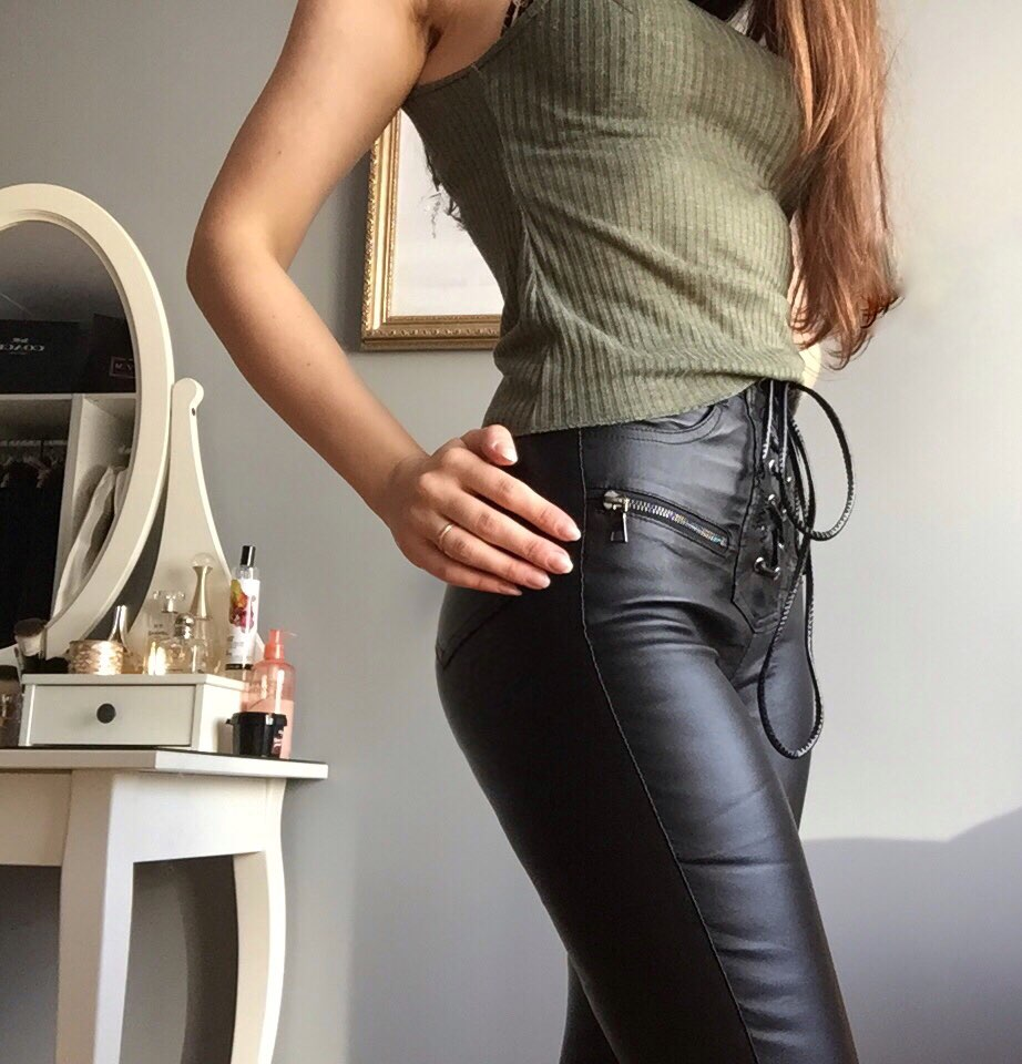 Women Fashion High Waist Pu Leather Trousers Lace Up Skinny Pencil Pants Girls Zipper Cuff Faux Leather Spring Winter Pants photo review