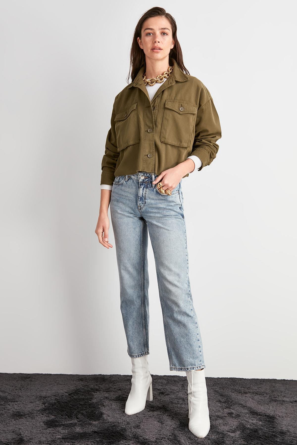 Trendyol Normal Waist Straight Jeans TWOAW20JE0470