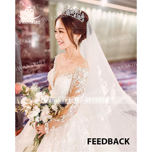 Image 4 - Long sleeves Ball Gown Wedding Dress Swanskirt K185 Sweetheart Appliques Lace Chapel Train Princess Bride Gown Vestido de Noiva