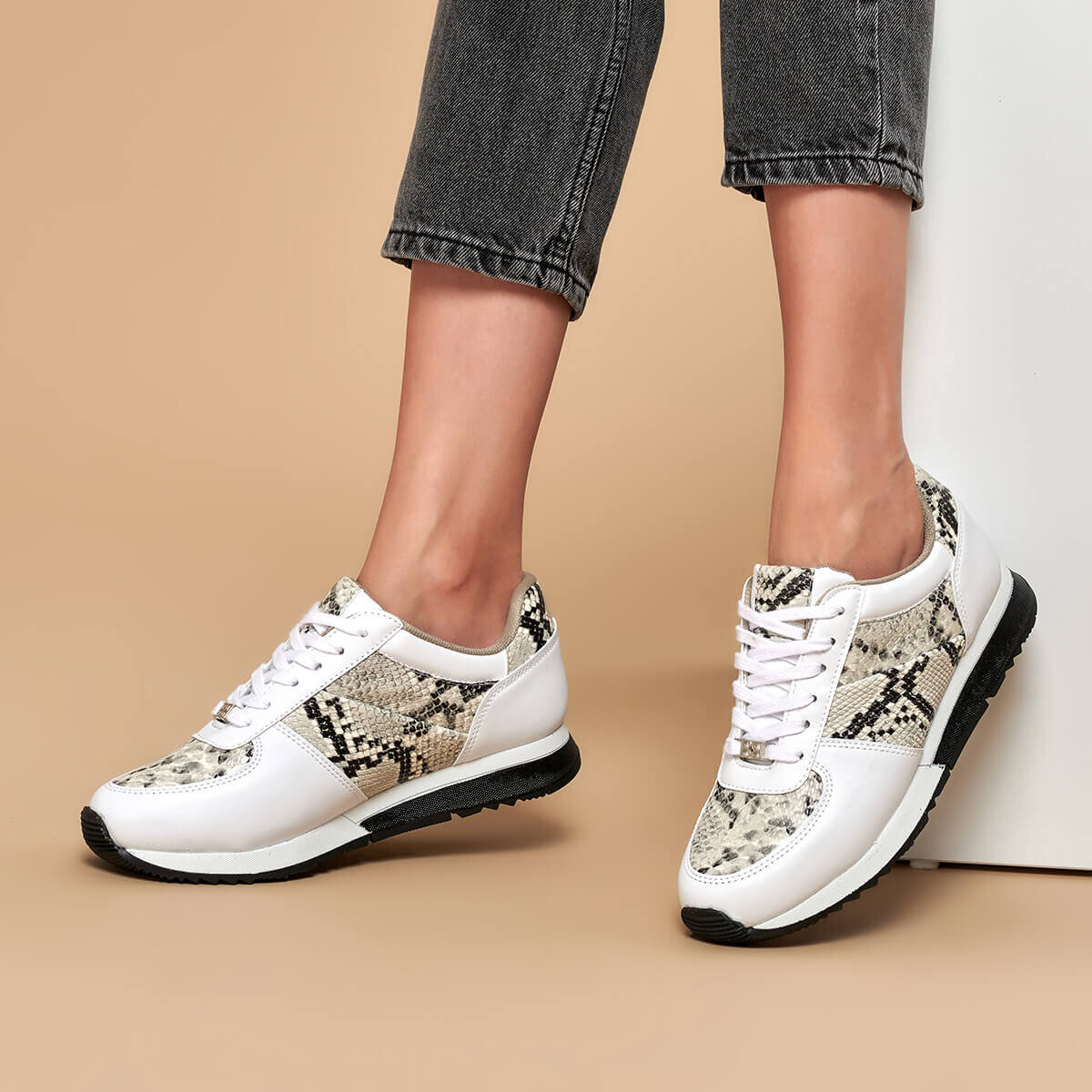 FLO White Snake Pattern Women's Sneaker Shoes Lace-up Casual Ladies Fashion Shoes BUTIGO S1116-5