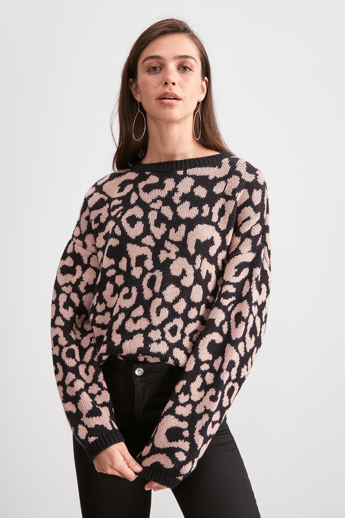 Trendyol Leopard Pattern Knitwear Sweater TWOAW20KZ1517