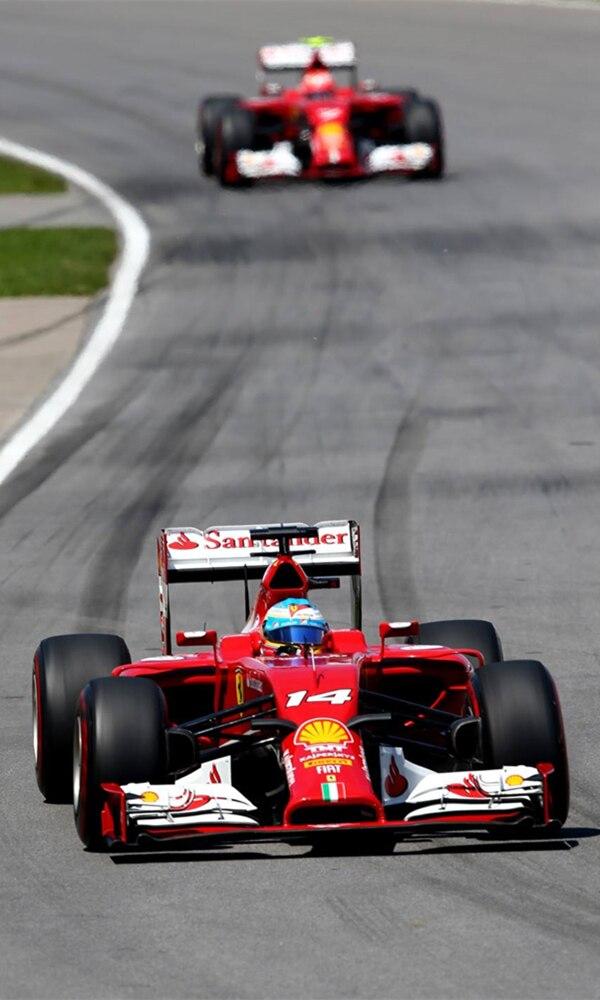 《F1赛车》封面图片