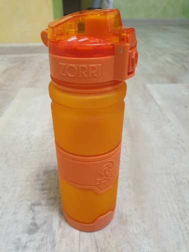 ZORRI Brand Gift Bottle Tour Outdoor Protein Shaker Sports water bottle Leak Proof Seal Kids water bottles botellas para agua-in Water Bottles from Home & Garden on AliExpress