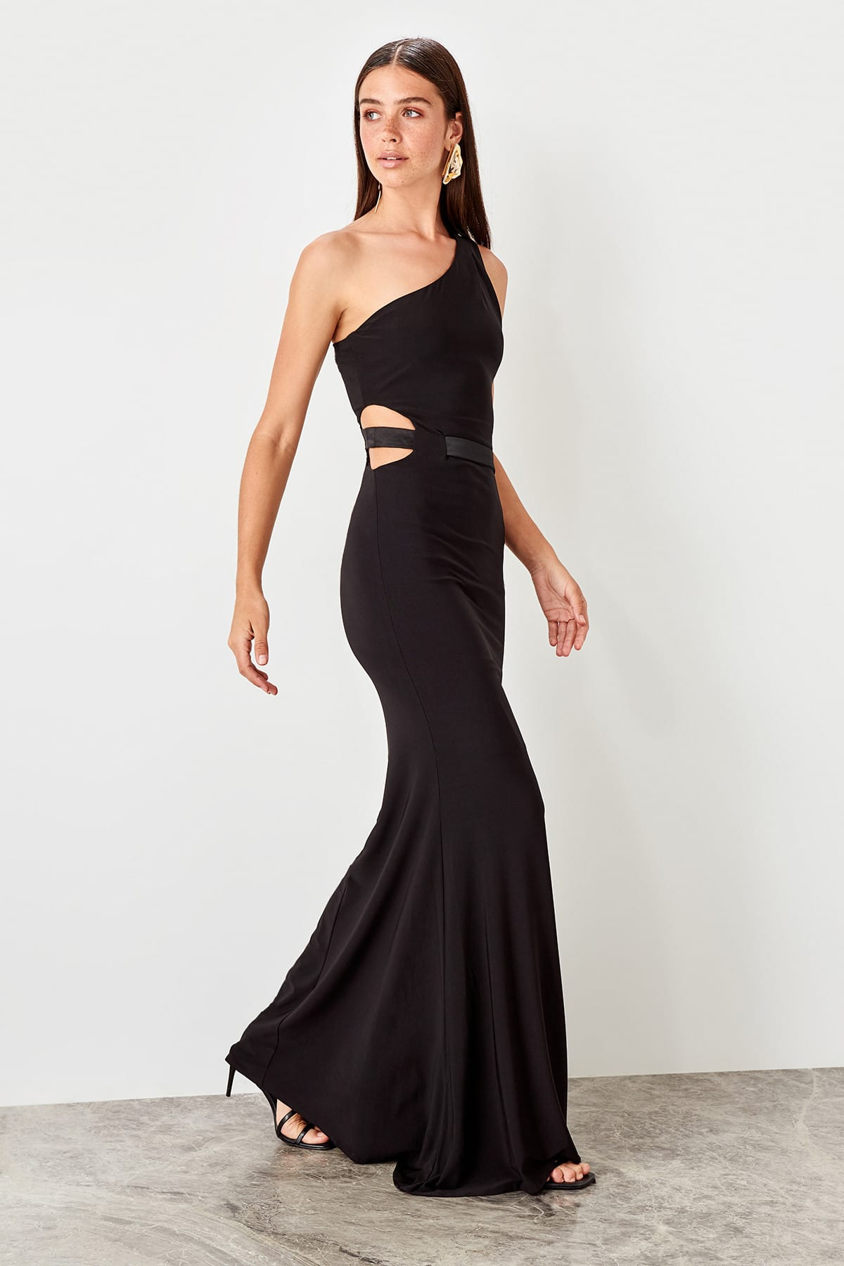 Trendyol Single Sleeve Evening Dress TPRSS19AE0008