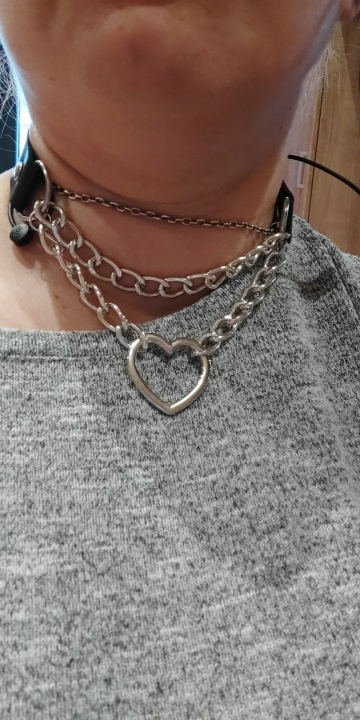 Choker with Heart and chains E-girl photo review