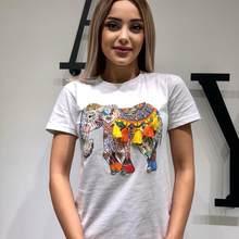Filli püsküllü beyaz tişört