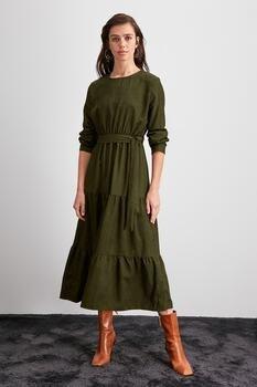 Trendyol бархатное платье с поясом TWOAW20EL2133