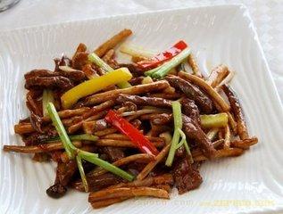 干茶树菇炒牛柳的做法 茶树菇炒牛柳的功效-养生法典