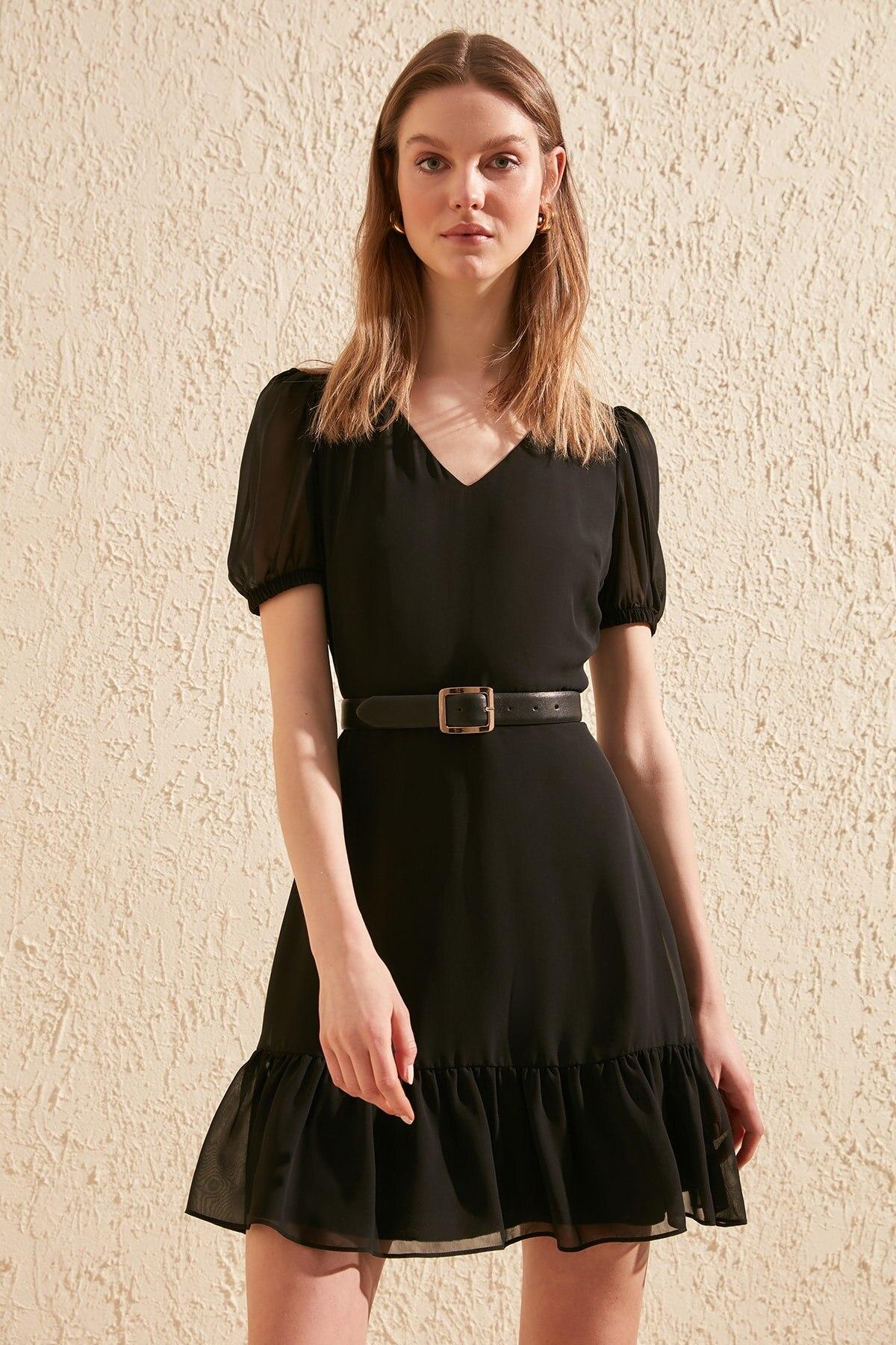 Trendyol Frilly Dress TWOSS20EL0234
