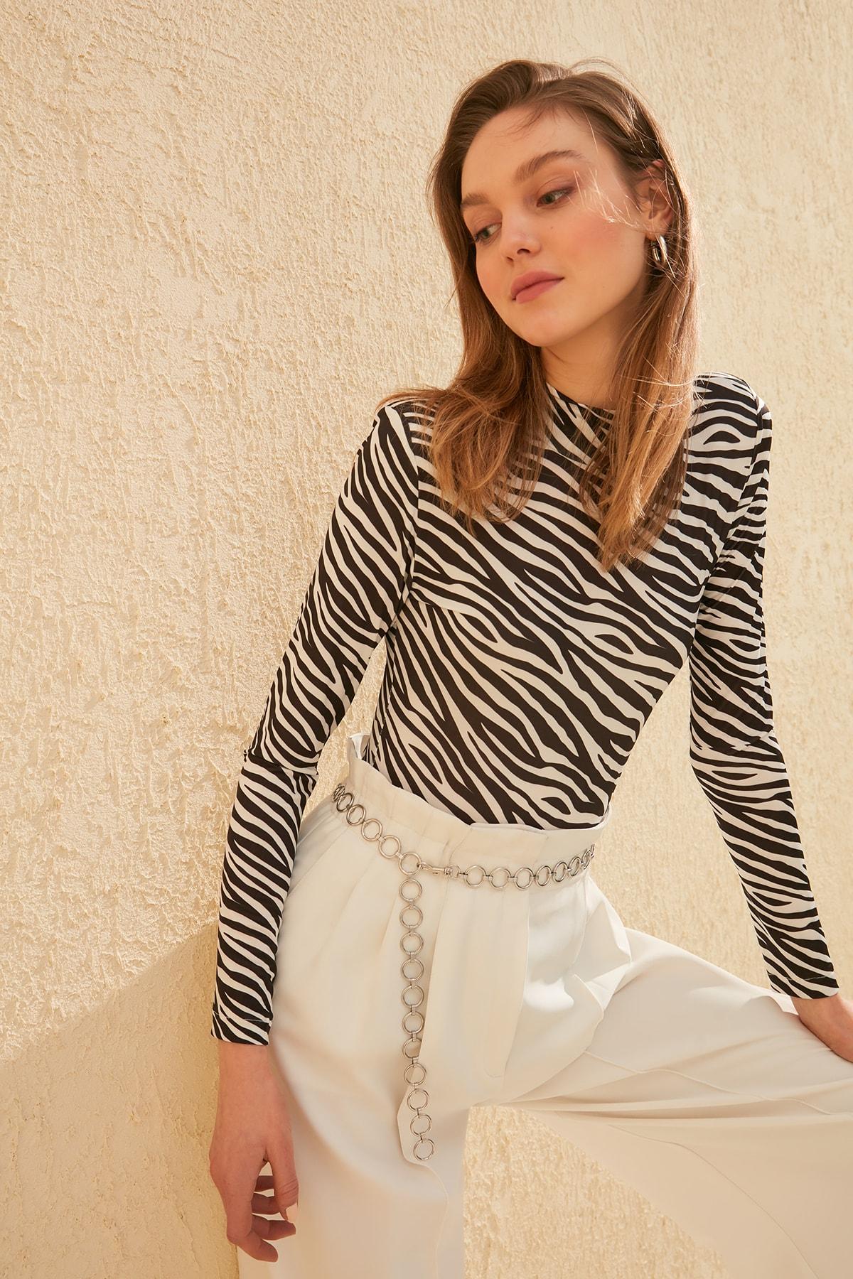 Trendyol Zebra Patterned Knitting Body TWOSS20BD0003