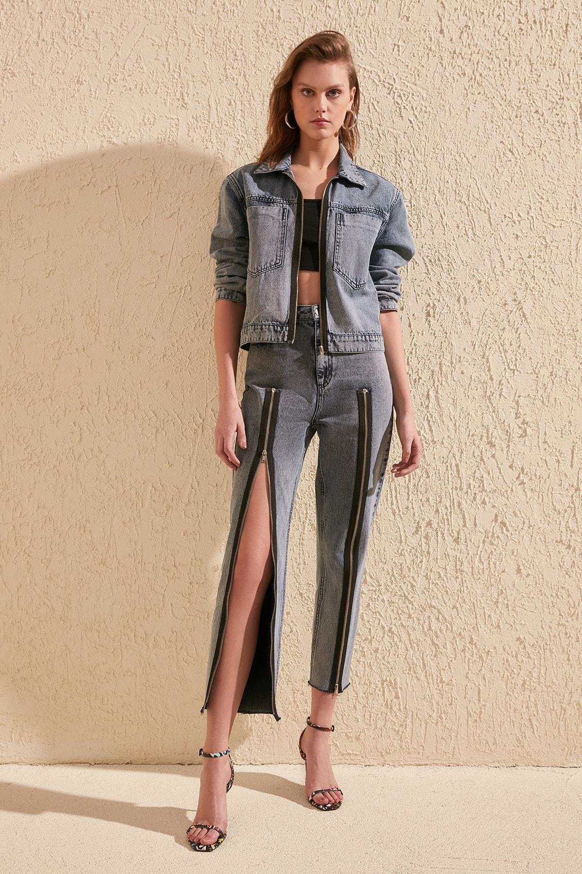 Trendyol Midnight Blue Zip Detail High Bel Mom Jeans TWOSS20JE0209