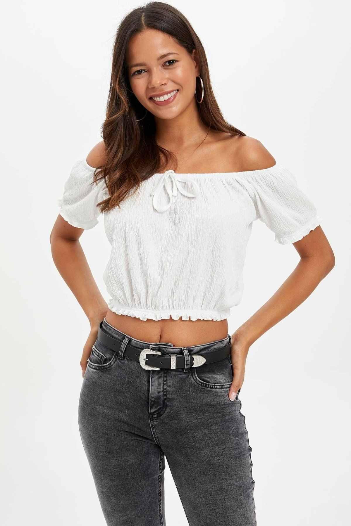 Defacto Wanita Musim Panas Seksi Putih Off Bahu Top Tees Wanita Musim Gugur Mini Kemeja T-shirt Kasual Lengan Pendek T-Shirt-L6193AZ19AU