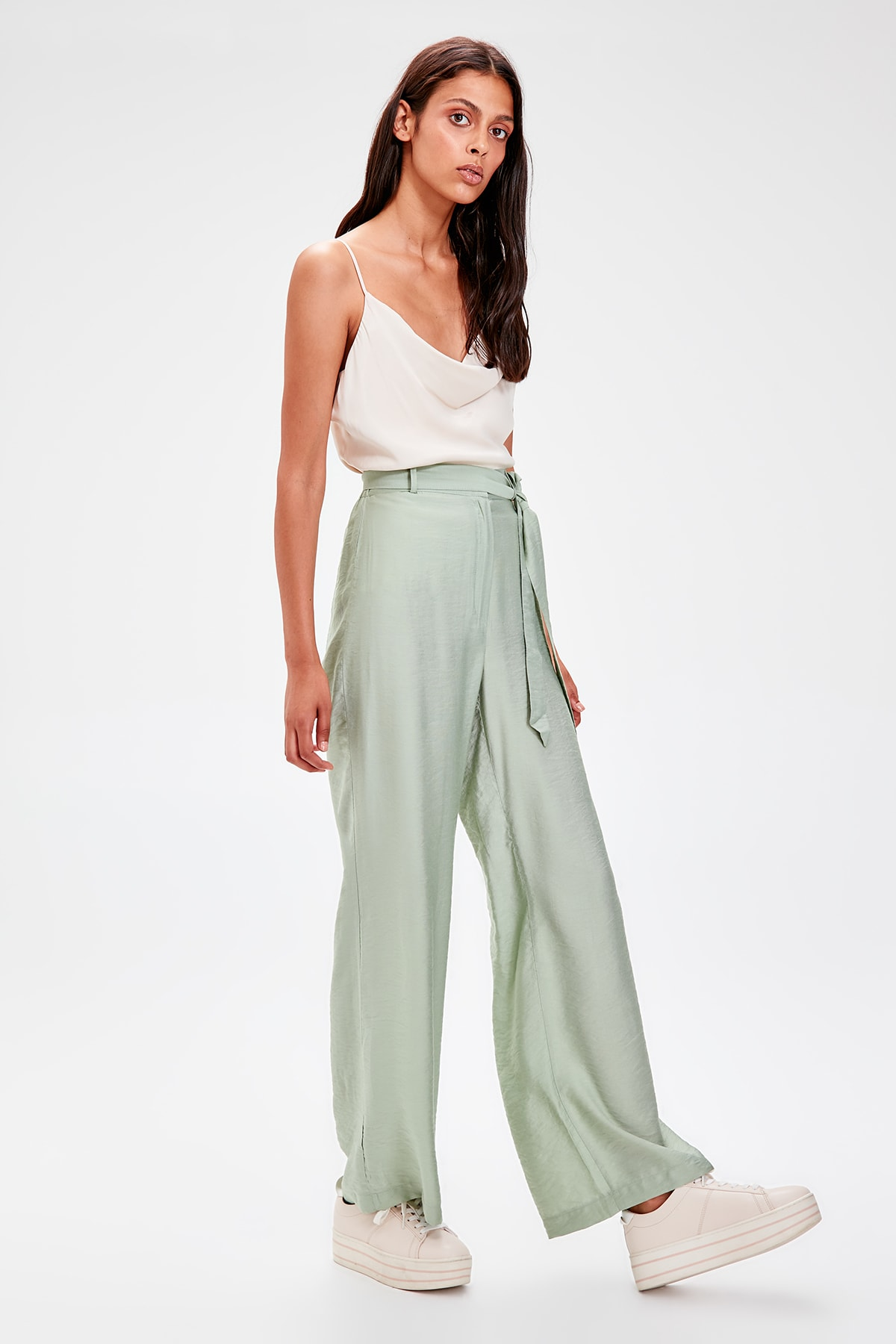 Trendyol Green Lacing Detailed Pants TWOSS19PL0125