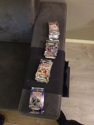 Pokemon TCG: Sun & Moon-Celestial Storm Booster Display Box (36 Booster Packs) photo review