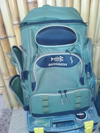 -- Bassdash Enfrentar Mochila