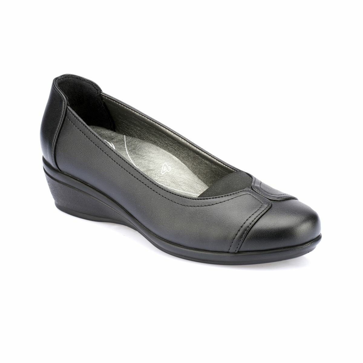 FLO 82. 100113.Z Black Women Shoes Polaris 5 Point