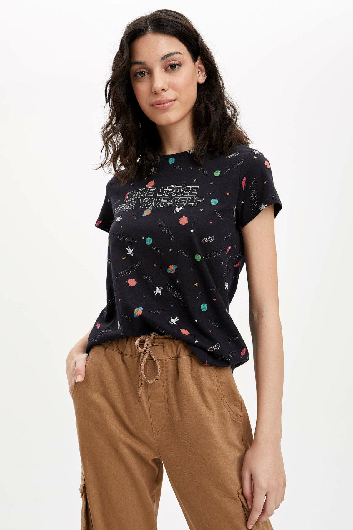 DeFacto Woman Short Sleeve T-Shirt Women's Spring Cute Printed Top Tees Women's Casual Black Tshirts Tops-R2441AZ20SP