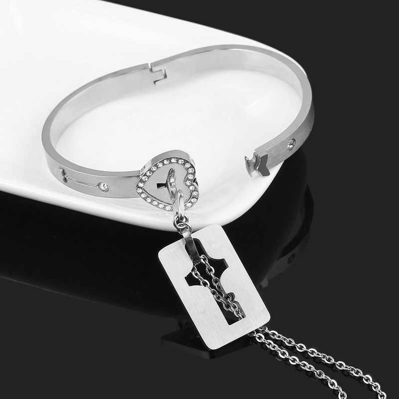 SG un ensemble amoureux colliers reine roi Bracelet pendentifs cupidon pour toujours amour coeur serrure clé Couple Bracelet en acier inoxydable bijoux