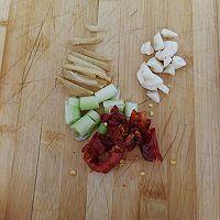 白菜炒鲜蘑的做法图解4