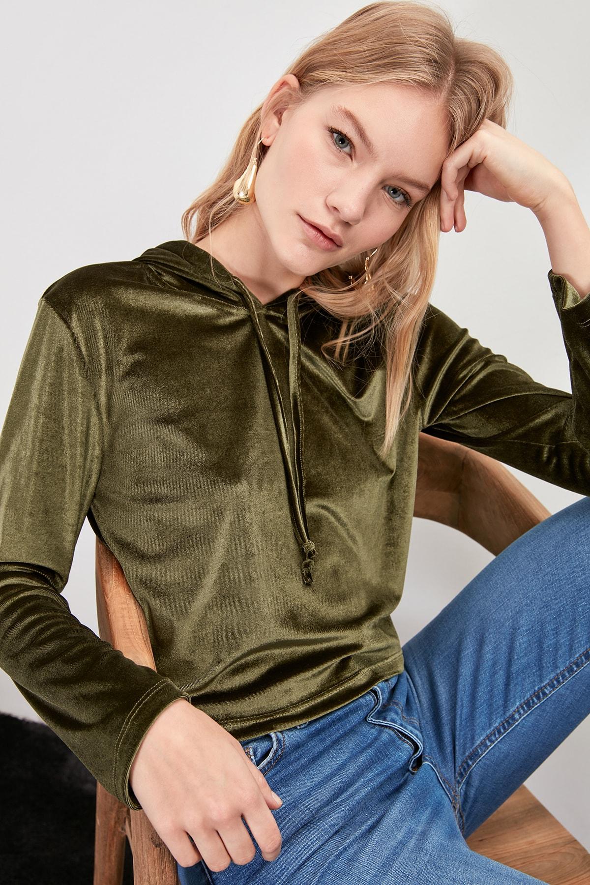Trendyol Velvet Knitted Sweatshirt TWOAW20SW0541