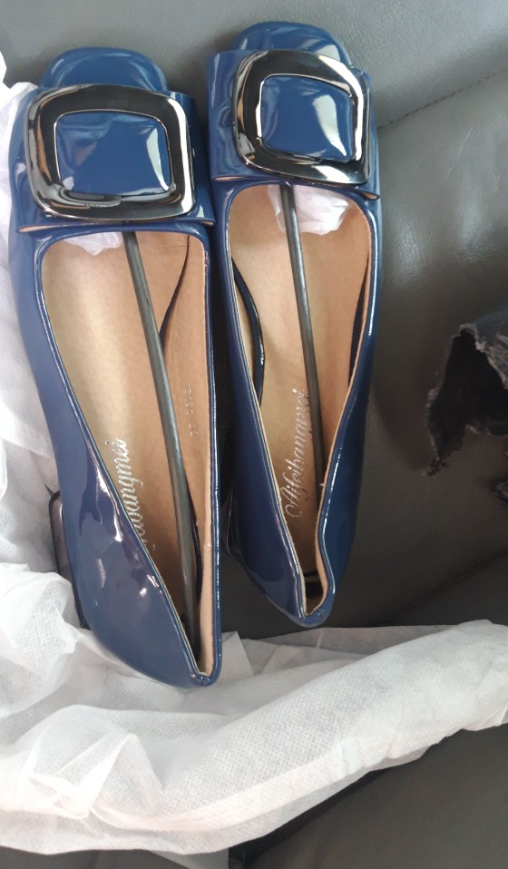 Low-heeled Pumps Women Patent Leather Shoes photo review