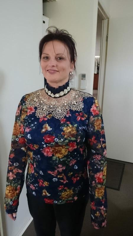 Women'S Lace Shirt Female Lace Blouses Long Sleeve Hollow Floral Lace Tops Slim Elegant Beaded Gauze Chiffon Shirts photo review