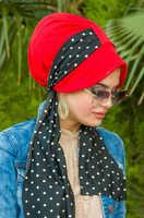 Red black scarf