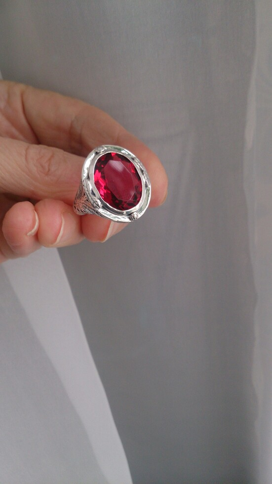 Bague argent pierre rouge