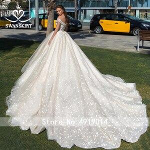 Image 2 - Милая принцесса бальное платье свадебное платье 2020 Swanskirt с открытыми плечами бисер длинный шлейф Свадебная Иллюзия Vestido de noiva F305