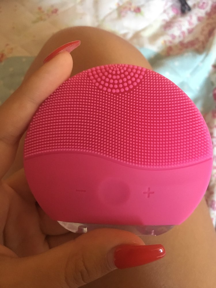 Mini Electrical Facial Cleansing Brush photo review