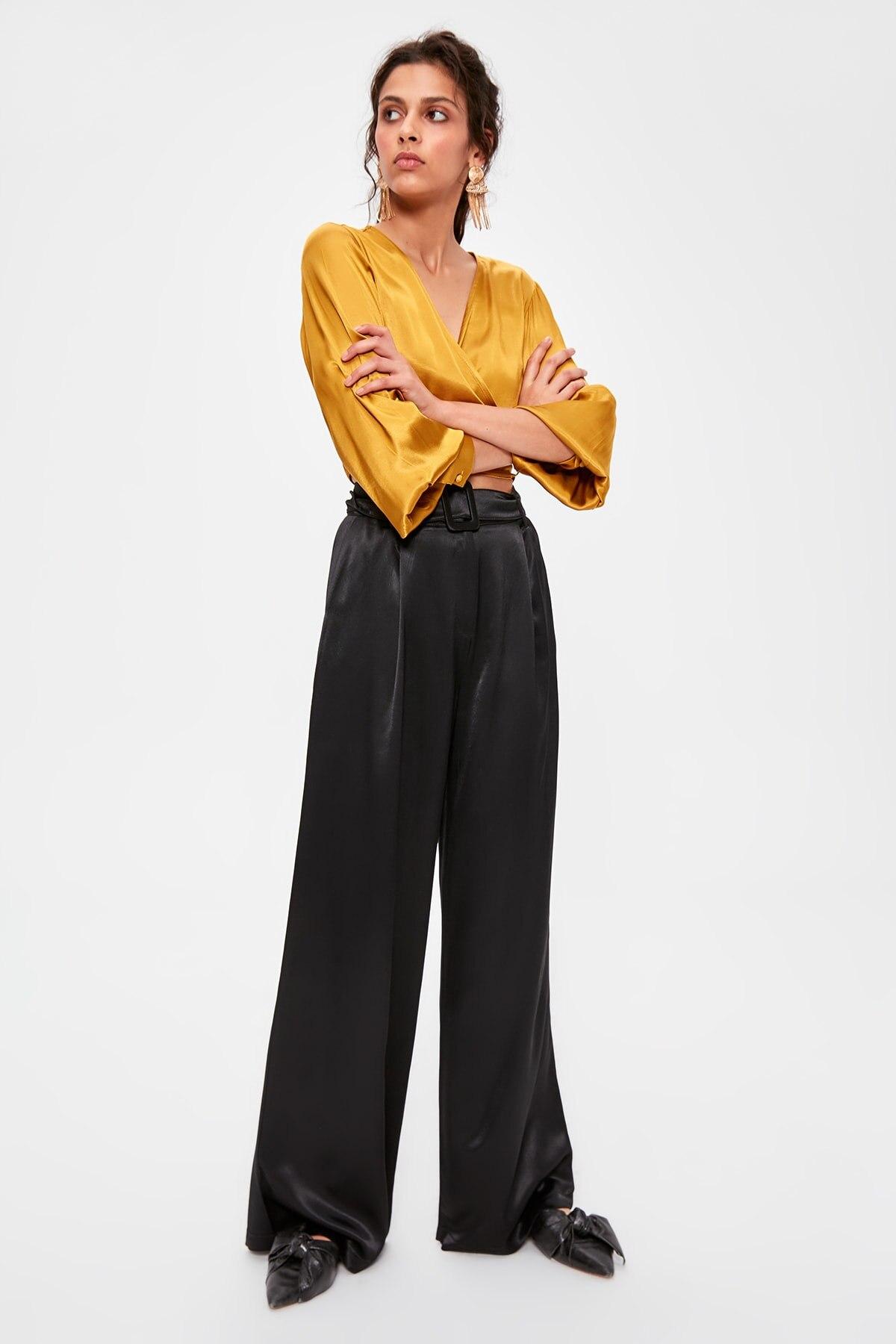 Trendyol Black Belt Detail Pants TWOAW20PL0425