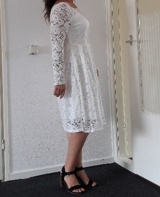Woman Dresses Long Sleeve Slash Neck Wedding Party Wear Casual A Line Sexy Red Black White Lace Dress Plus Size S 3Xl photo review